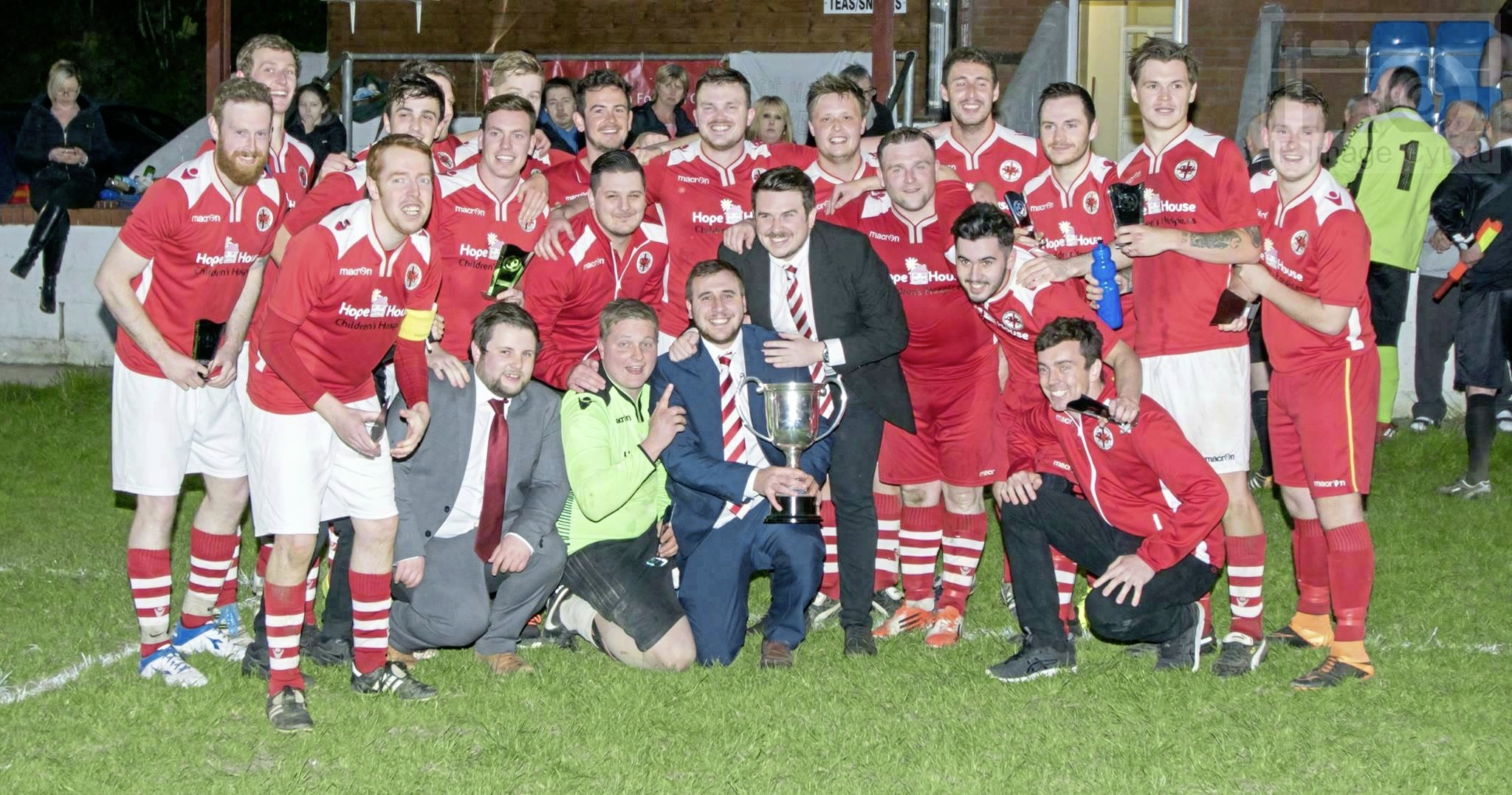 Llanymynech Football Club with the Consolation Cup in 2017.