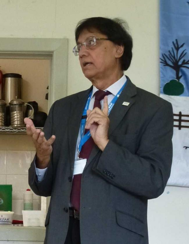 Ravi Bhakhri spoke to the DO group in Oswestry